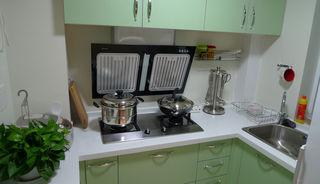 绿色小清新现代风厨房橱柜效果图