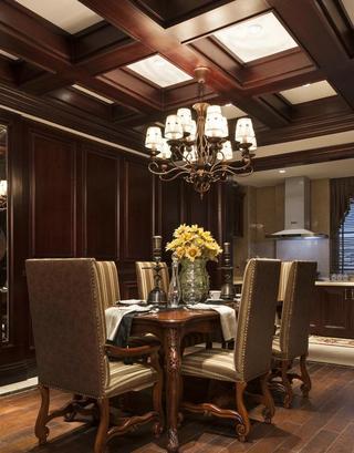 古典欧式风格餐厅实木吊顶效果图