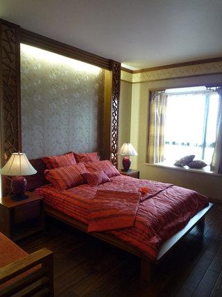 典雅中式风格卧室床头背景墙布置欣赏图片