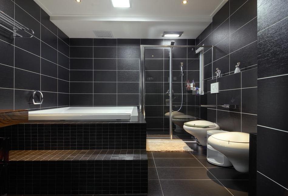 深色系后现代设计风格室内卫生间装饰效果图