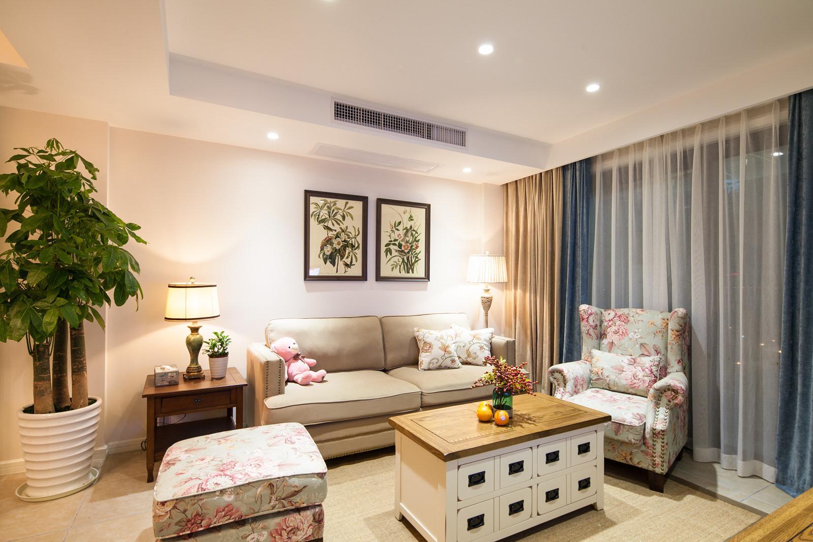 清爽唯美美式客厅装修效果图片