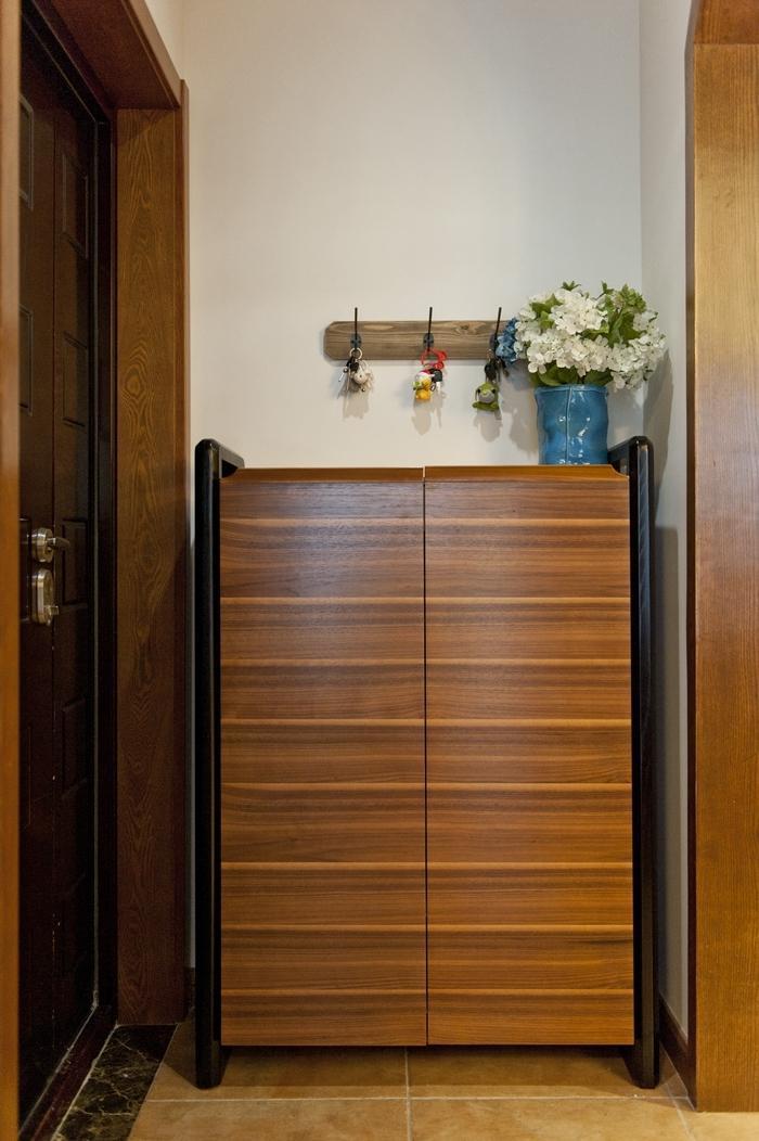 简约美式风玄关实木鞋柜效果图片