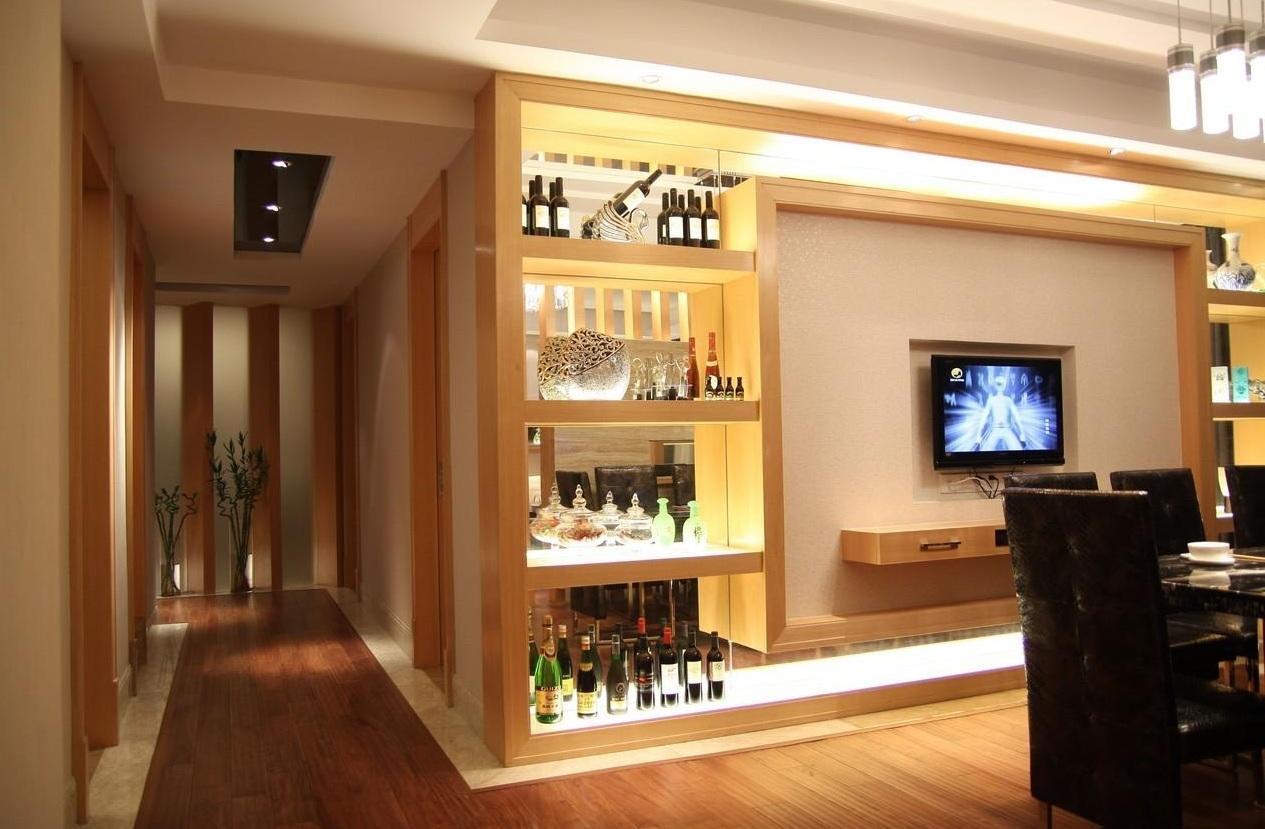 时尚简约个性电视背景墙酒柜效果图片