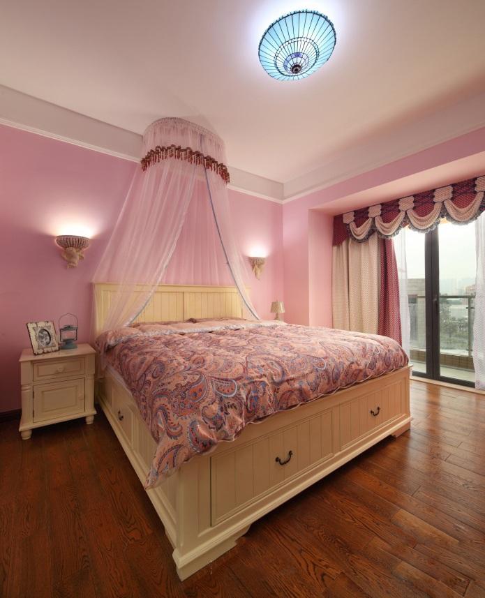 温馨美式风格别墅卧室设计装潢效果图片