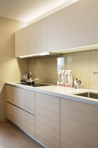 简易现代原木风厨房设计装修效果图