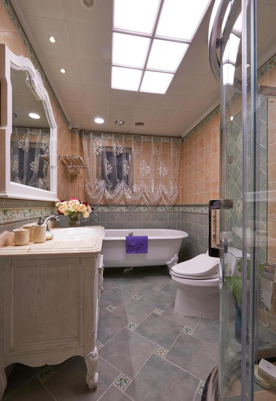 华丽复古欧式别墅卫生间效果图片