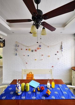清新地中海风格餐厅白色背景墙效果图