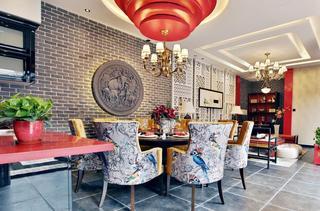 红色靓丽新中式风格餐厅螺旋吊顶设计装修效果图