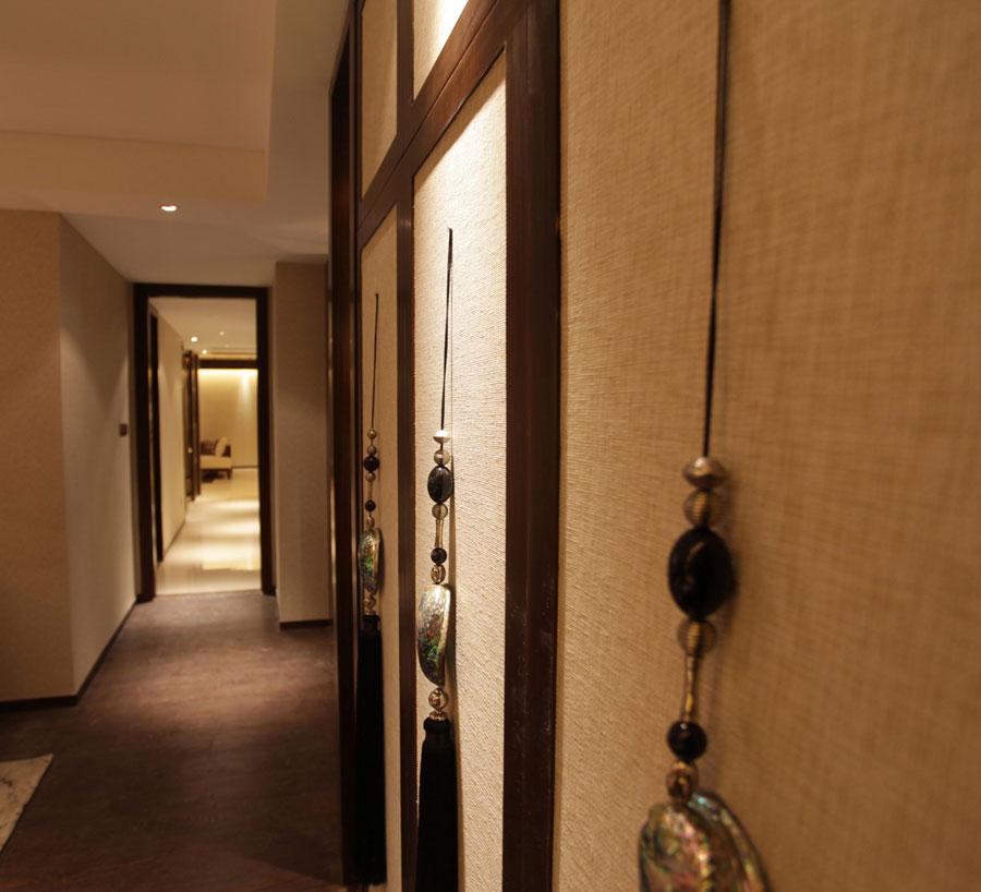现代中式风格室内过道装饰效果图