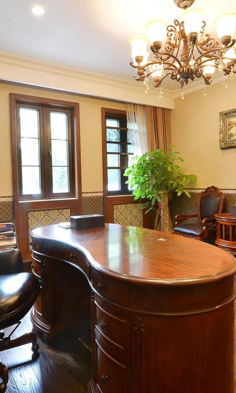 美式怀旧风书房实木书桌效果图