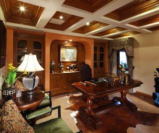 复古华丽欧式客厅吊顶效果图