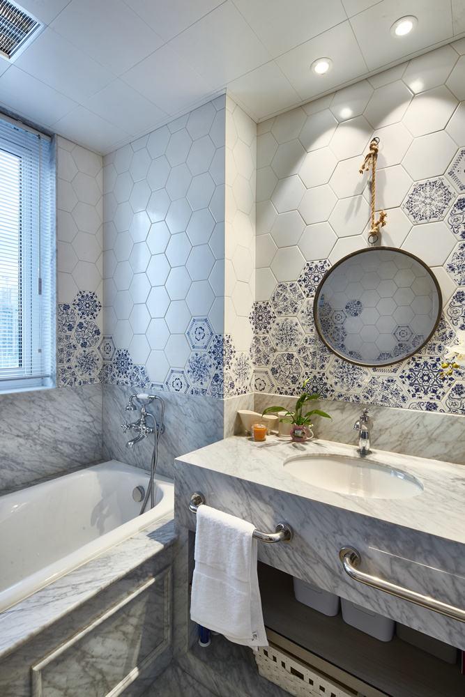 高端大气美式现代卫生间装修设计效果图片
