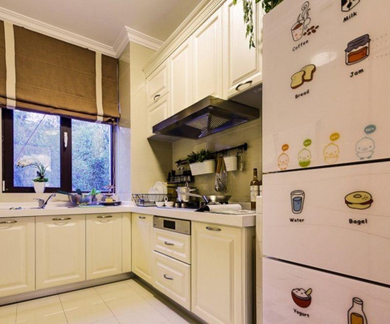 简约现代厨房白色橱柜效果图