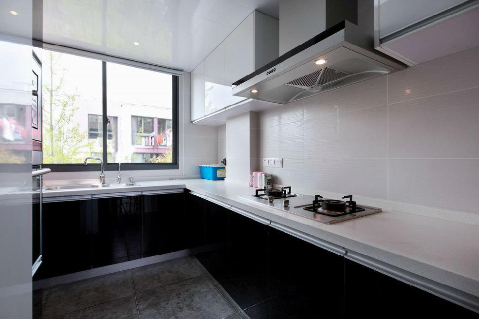 黑色后现代风格厨房橱柜效果图