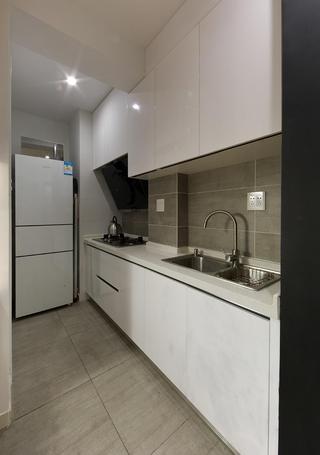 宜家厨房白色橱柜效果图