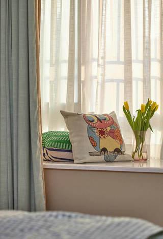 小清新美式风格卧室飘窗效果图