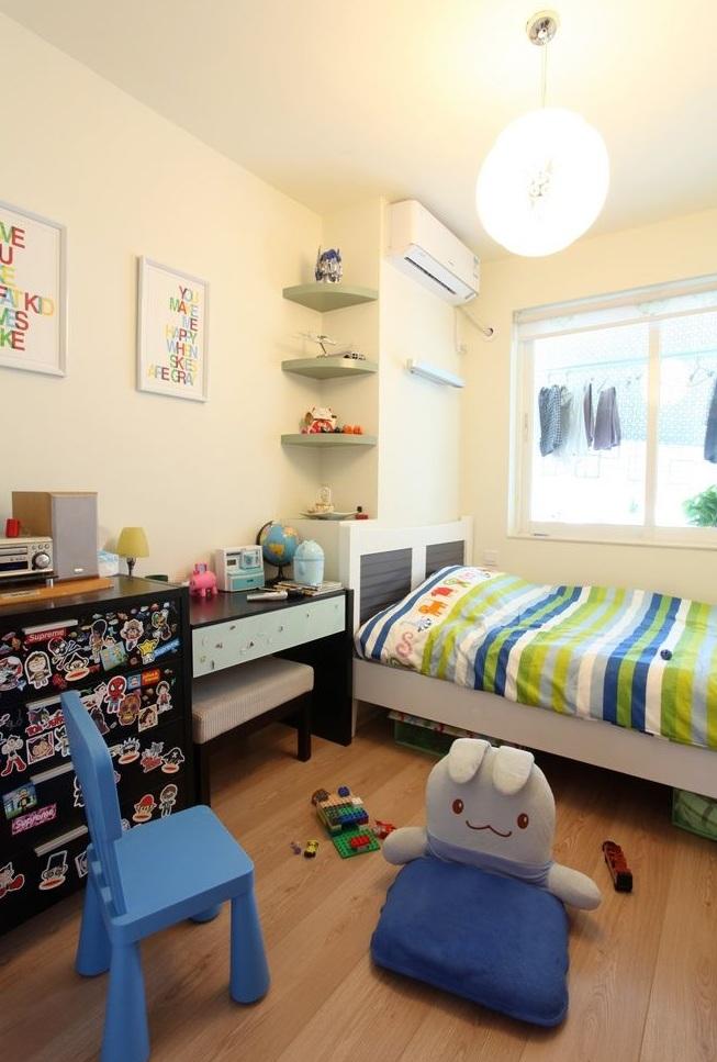 轻松简约儿童房设计隔断效果图