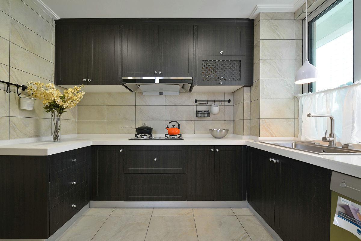 120平现代美式U型厨房设计装潢效果图