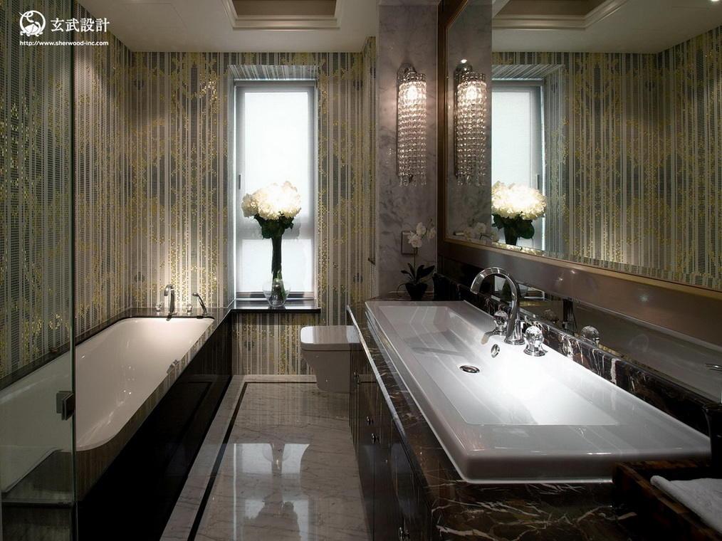奢华欧式浴缸卫生间效果图