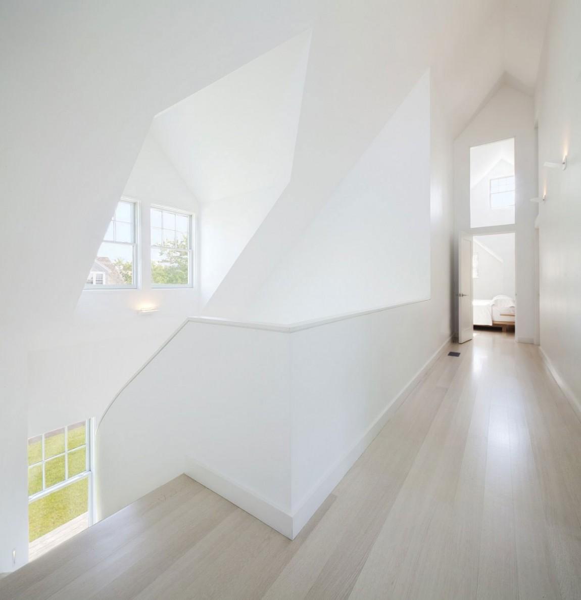 神圣洁净的转角楼梯效果图