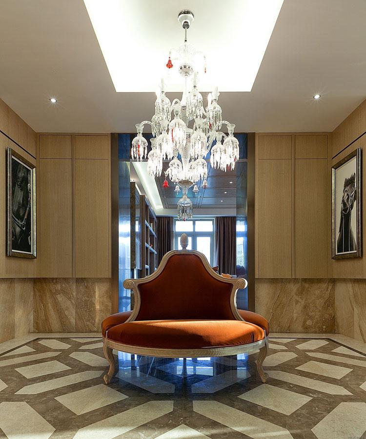 奢华欧式大厅水晶灯效果图